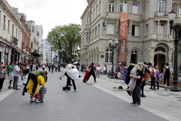 Desvios - Mostra Cena Breve Curitiba - foto Lidia Sanae Ueta