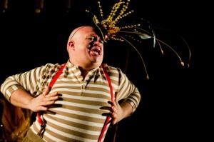 O Fantástico Circo-Teatro de Um Homem Só