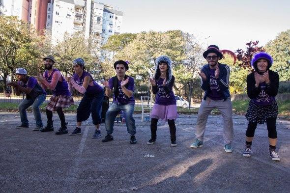 Feito_criança_dança_ponto_com-15